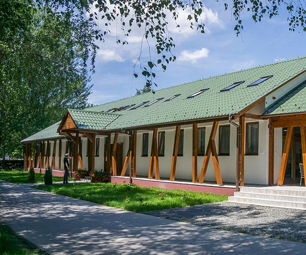 Megújult az erdei iskola